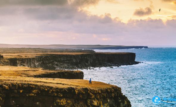 旅行穿什么衣服拍照好看 海边穿什么颜色衣服拍照好看