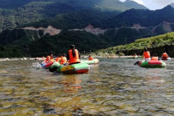 宜昌青龙峡漂流开放时间_可以用三峡旅游年卡吗